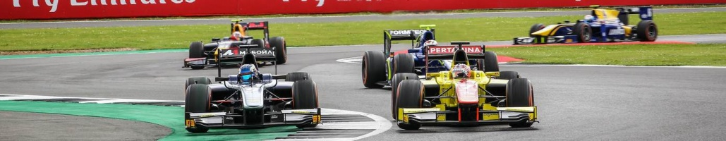 Silverstone Sprint Race: P6 and P12